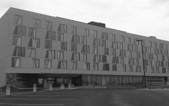 Dakota Dunes Hotel